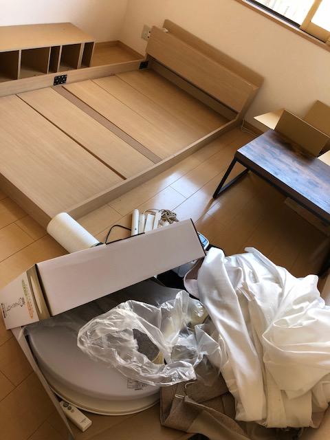 細々としたものからベッドのような大型家具までまとめて回収!追加費用なしで回収できお喜びいただけました!