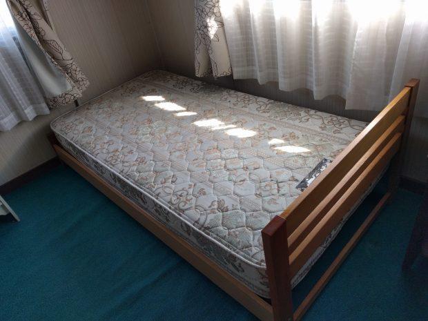 【水戸市双葉台】ベッド1点の回収☆急な依頼でもお客様のご希望の日程で対応することができご満足いただくことができました!